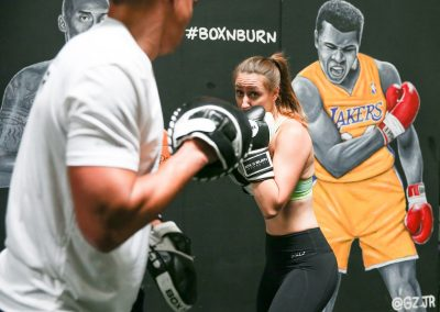 Learn technique and form in Box and Burn Boxing Classes